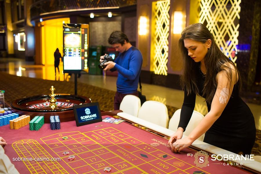играть в казино сонник